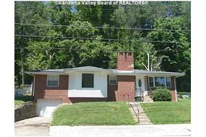 653 Gordon Dr, Charleston, WV 25314