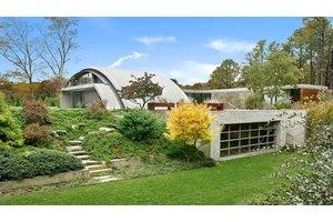 50 Green Hollow Rd, East Hampton, NY 11937