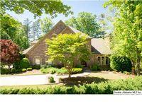 1597 Woodridge Pl, Vestavia Hills, AL 35216