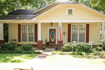 208 Apple St, New Albany, MS