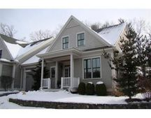 151 Johnson Woods Dr, Reading, MA 01867