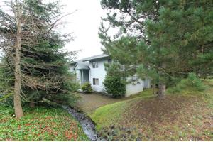 17522 96th Pl SW # 1d, Vashon, WA 98070