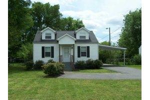 704 Carmel Ave, Madison, TN 37115