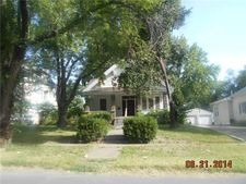 405 E Franklin St, Clinton, MO 64735
