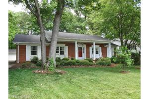 1804 Red Forest Rd, Greensboro, NC 27410