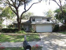 4449 Summer Oak Dr, Tampa, FL 33618