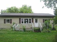406 N Carroll St, Norris City, IL 62869