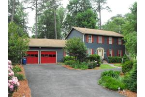 6648 John Smith Ln, Hayes, VA 23072