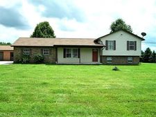 15719 Pioneer Rd, Huntsburg, OH 44046