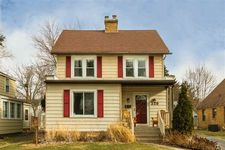 329 Wakewa Ave, South Bend, IN 46617