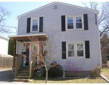 18 Inglewood Rd Unit 1, East Providence, RI 02914