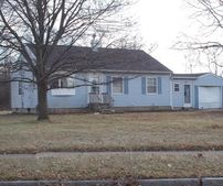 7 Cayuga Rd, Canandaigua, NY 14424