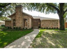 16819 Thomas Chapel Dr, Dallas, TX 75248