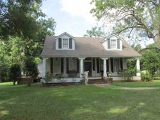 28 Buckhurst Plantation Rd, Natchez, MS 39120