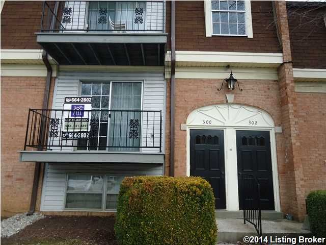 300 Chanel Ct, Louisville, KY 40218