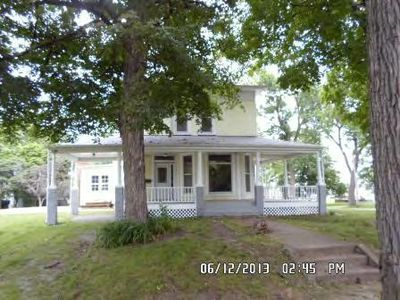 302 Maple St, Rossville, IL