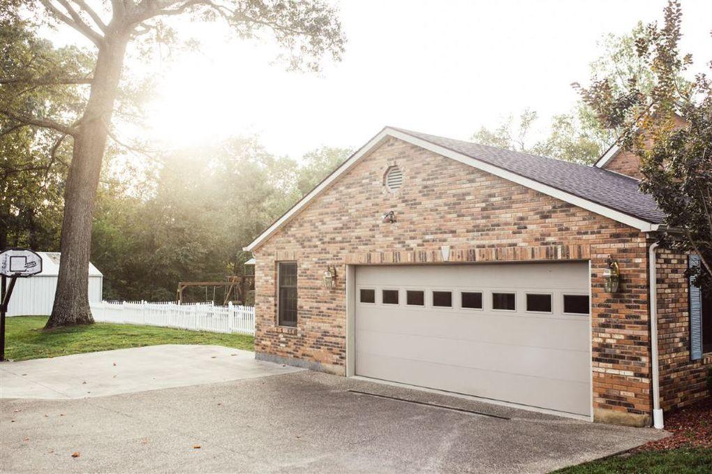 Elegant 105 Meadow Hill Rd, Campbellsville, KY 42718
