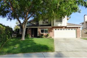 3808 Wensley Ct, Bakersfield, CA 93311