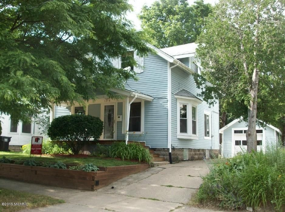 Pleasant 1219 Arianna St Nw Grand Rapids Mi 49504 Realtor Com Hairstyle Inspiration Daily Dogsangcom