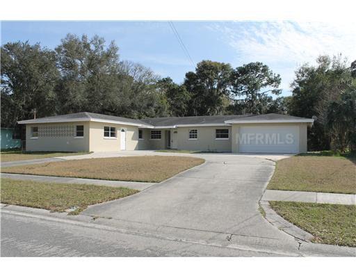 105 Julie Ln, Brandon, FL 33511
