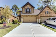 12241 Valley Lodge Pkwy, Humble, TX 77346