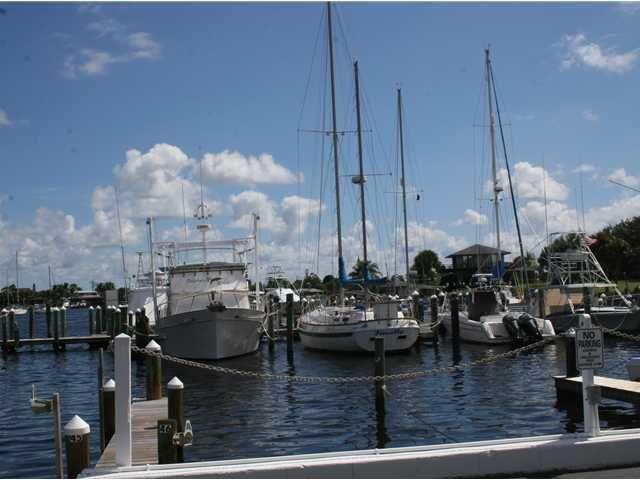 4300 Se Saint Lucie Blvd, Stuart, FL 34997