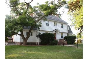 1204 Pennsylvania Ave, Windsor, IL 61957