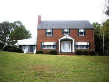 202 N Willard Ave, Hampton, VA 23663