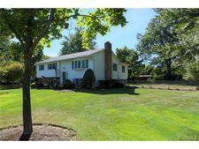 59 Branchville Rd, Valley Cottage, NY 10989