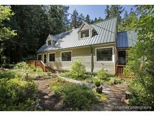 27437 E Marion Rd, Rhododendron, OR 97049