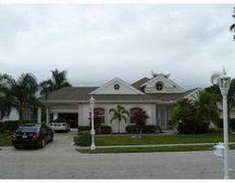 4507 Shark Dr, Bradenton, FL 34208
