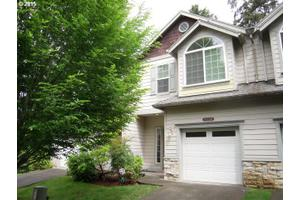 9530 SW Lodestone Dr, Beaverton, OR 97007