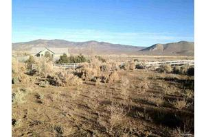 7490 Center Dr, Carson City, NV 89701