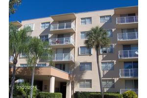 480 Executive Center Dr Apt 4m, West Palm Beach, FL 33401