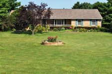 1929 Lora Lane Rd, Canal Winchester, OH 43110
