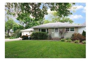 424 Tyler Ave S, Edina, MN 55343