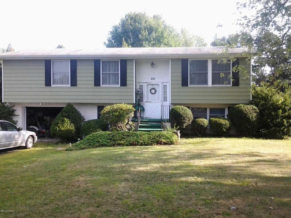 233 Penn Ave, Elysburg, PA 17824