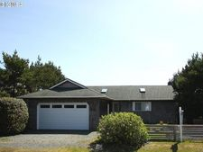 430 Ridge Ct, Manzanita, OR 97130