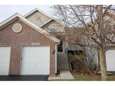 1341 Providence Cir, Elgin, IL 60120