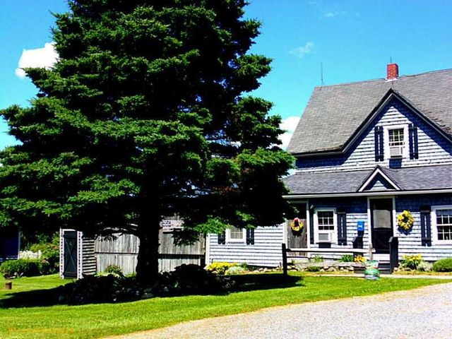 563 w presque isle rd caribou me 04736 home for sale
