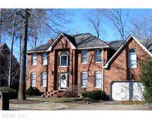1527 Shenandoah Pkwy, Chesapeake, VA 23320