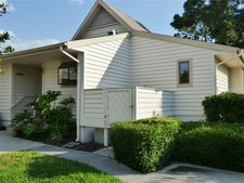 1023 Caravel Ct, Tarpon Springs, FL 34689