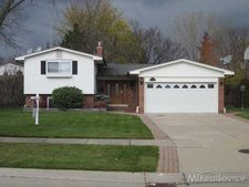 36603 Waltham Dr, Sterling Heights, MI 48310