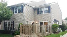 12 Club House Ct, Woodbury, NY 11797