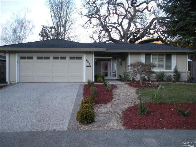 227 Belhaven Ct, Santa Rosa, CA
