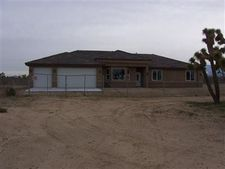 5383 Duncan Rd, Phelan, CA 92371