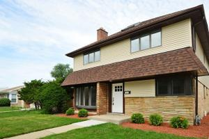 7125 N Mobile Ave, Chicago, IL 60646