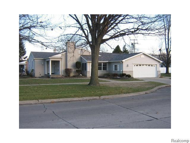 20351 ann arbor trl dearborn heights mi 48127 home for for V kitchen ann arbor