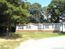 320 Willow Oaks Dr, China Grove, NC 28023