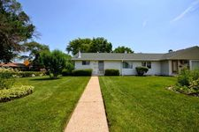 8733 S Duffy Ave, Hometown, IL 60456